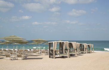 Caesars Resort Bluewaters Dubai Beach