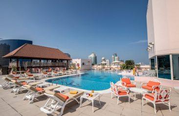 Carlton Palace Swimming Pool