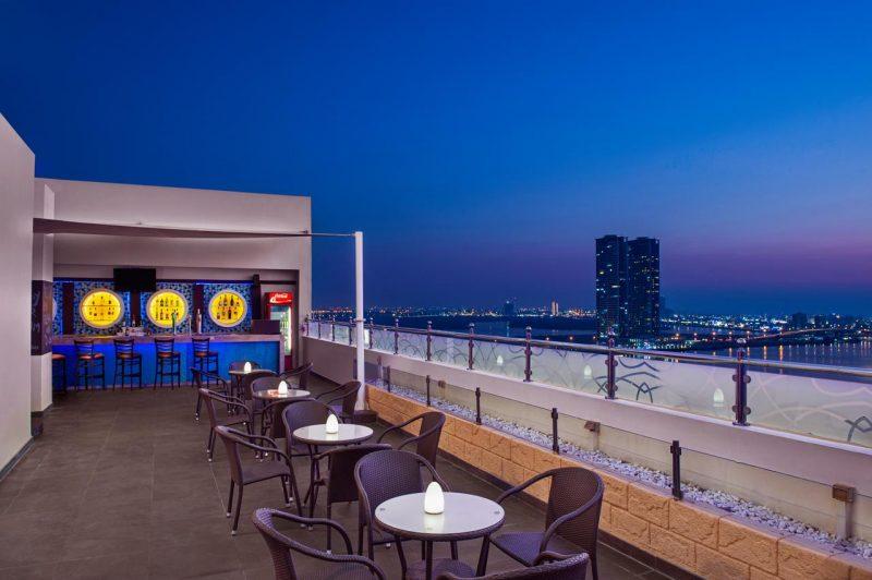 Rooftop Restaurant DoubleTree