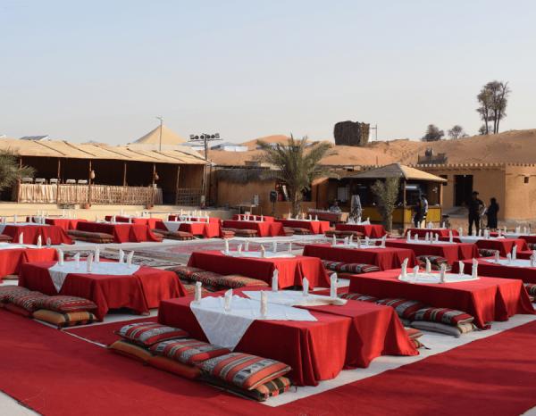 Dine in the Desert